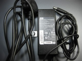 Adapter Hp 19V-4.7A