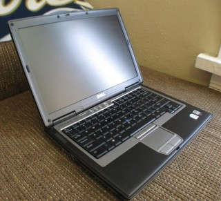 Laptop Chạy Win XP Dell Latitude D630